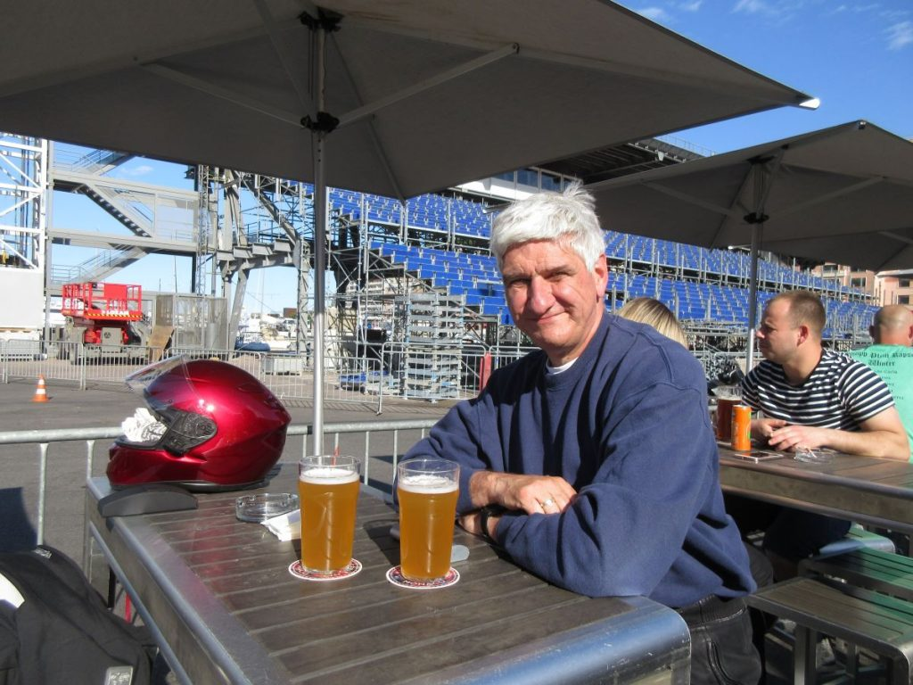 Fahrer mit Bier