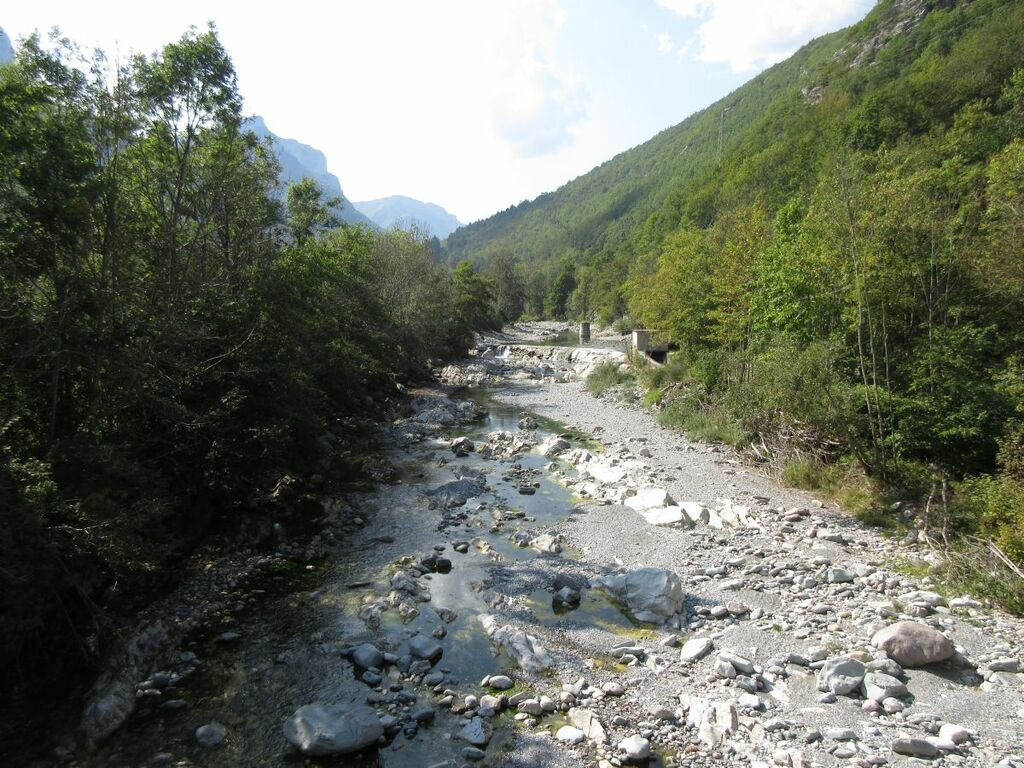 Nahezu ausgetrockneter Fluss